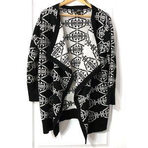 Plus Size Black and White Cardigan 1X